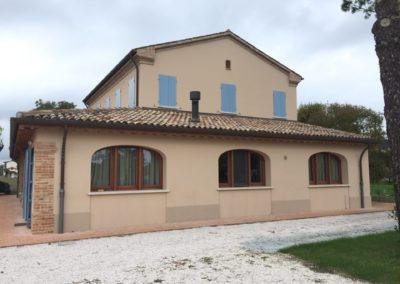 Casa colonica a Cannuzzo (RA)
